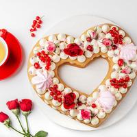 Heart cake meringues et roses
